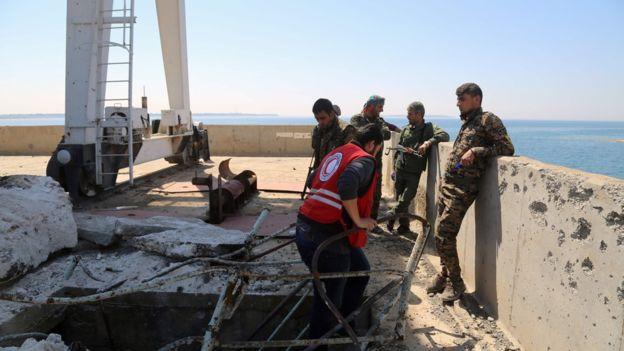 متابعة مستجدات الساحة السورية - صفحة 22 _95381519_mediaitem95377183