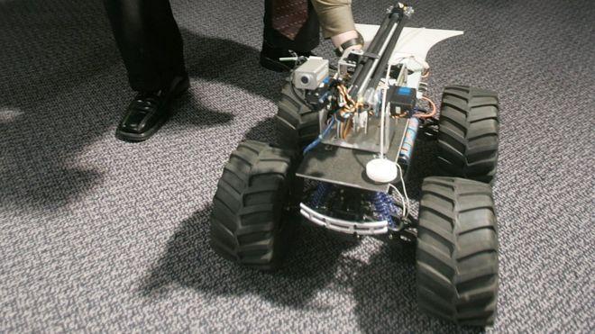 Inteligencia Artificial / Robótica - Página 3 _90338350_gettyimages-53375027