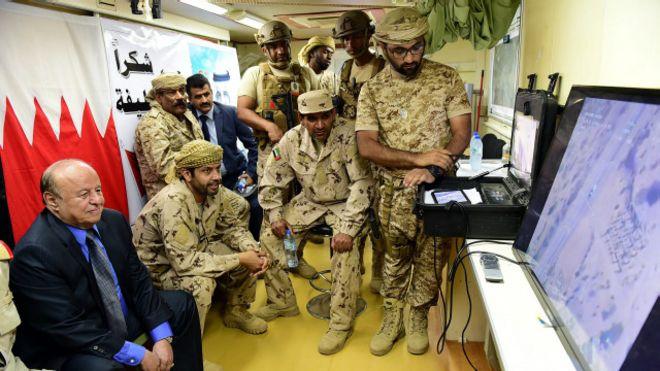 متابعة مستجدات الساحة اليمنية - صفحة 4 151205100027_hadi_visit_alanad_base_640x360_epa_nocredit
