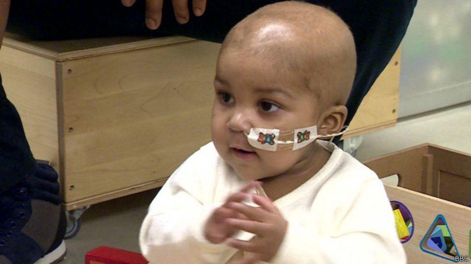 Tratamiento pionero con células de diseño revierte leucemia en una niña de 1 año 151106150301_tratamiento_leucemia_640x360_bbc