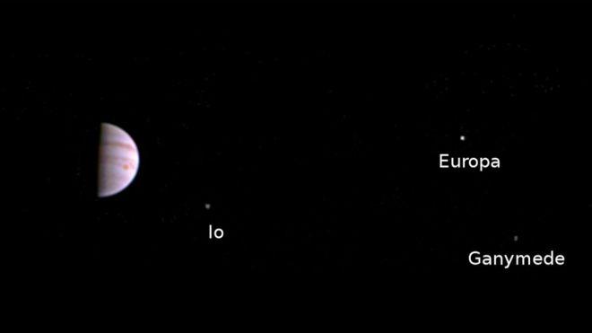 Moon hoax...  - Página 4 _90369578_pia20707_fig1