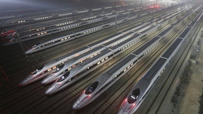 الصين تطلق أول قطار شحن مباشر إلى لندن _93216104_hi027320033