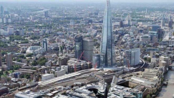 قطر تعتزم استثمار 6 مليارات دولار إضافية في بريطانيا _95340634_1d01d20e-5081-49c3-840c-88818361db8d