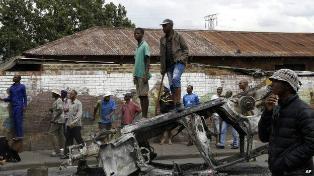 Sudáfrica. El capital tiene el color del dinero. - Página 2 150417230811_sp_sudafrica_624x351_ap_nocredit