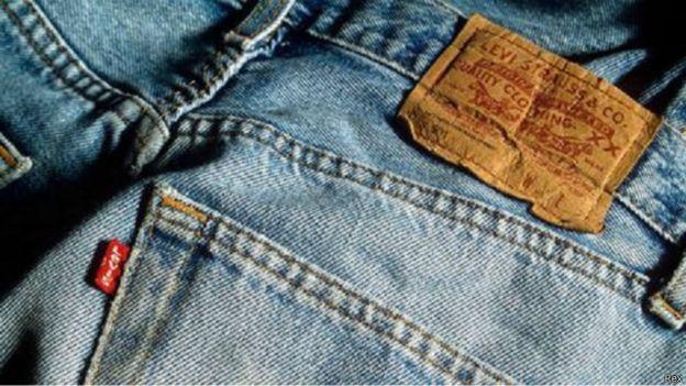 كيف بدأت وتطورت صناعة الجينز؟ 150506131628_jeans_evolution_640x360_rex