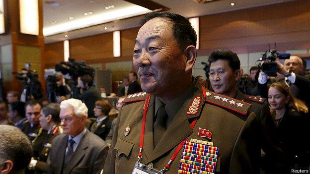 "Corea - ""Ejecutan con un cañón antiaéreo"" al ministro de Defensa de Corea del Norte 150513030155_north_korea_hyon_yong_chol__624x351_reuters"