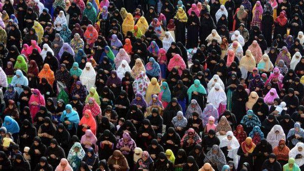 Así se trata a las mujeres en las sociedades Islámicas 160411153201_india_five_624x351_afp_nocredit