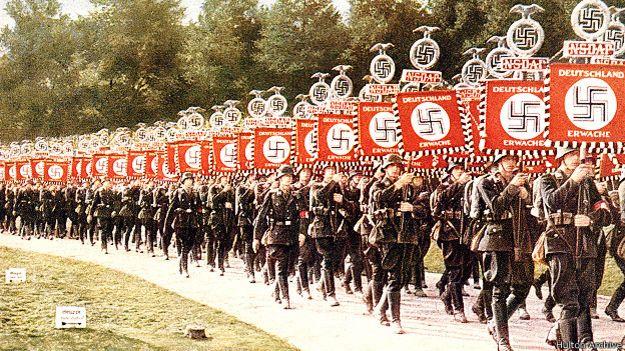 Как популярна была свастика, пока ее не присвоил Гитлер 141023161126_swastica_reabilitation_index_23_10_624x351_hultonarchive