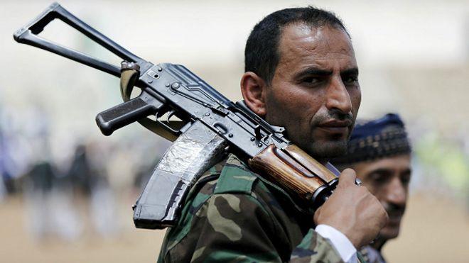 متابعة مستجدات الساحة اليمنية - صفحة 5 160421005359_yemen_militant_640x360_reuters_nocredit