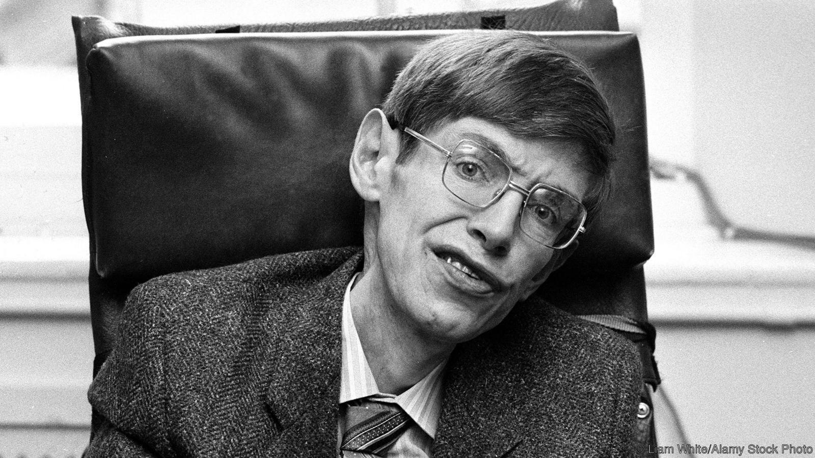 Muere Stephen Hawking.  P03dphdy