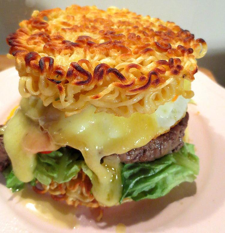 La cuisine japonaise - Page 2 Ramen-burger-ou-la-folie-culinaire-japonaise