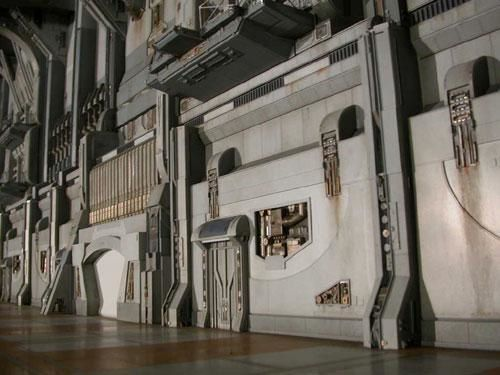 Star wars les maquettes officielles des films ! 04invisiblehand