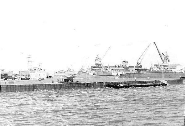[Activité des ports hors Marine] LE PORT DE CHERBOURG - VOLUME 001 Cherbourg1
