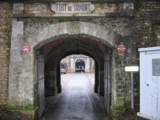 Bunker - France 4 - Page 2 Fort-domont
