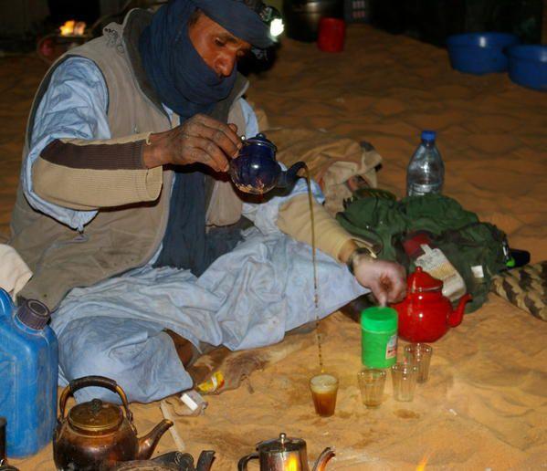 الطوارق... أمازيغيون بحياة البدو العربية Touareg-blog25
