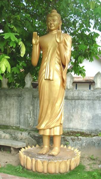 UN COUP DE COEUR POUR CES REPRESENTATIONS DE BOUDDHA Prabang--4-1