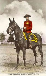 La Police montée ou Gendarmerie royale du Canada Police-montee