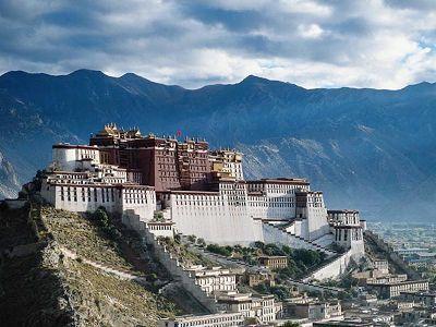 Marche du Dalaï Lama/Lhassa s'enflamme, Pékin l'étouffe - Page 17 Tibet