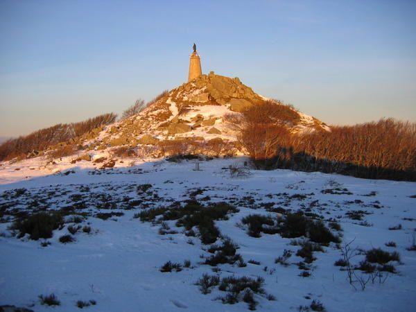 Le Montalet : une montagne tarnaise et ses légendes. Pic_du_Montalet_sous_la_neige_017