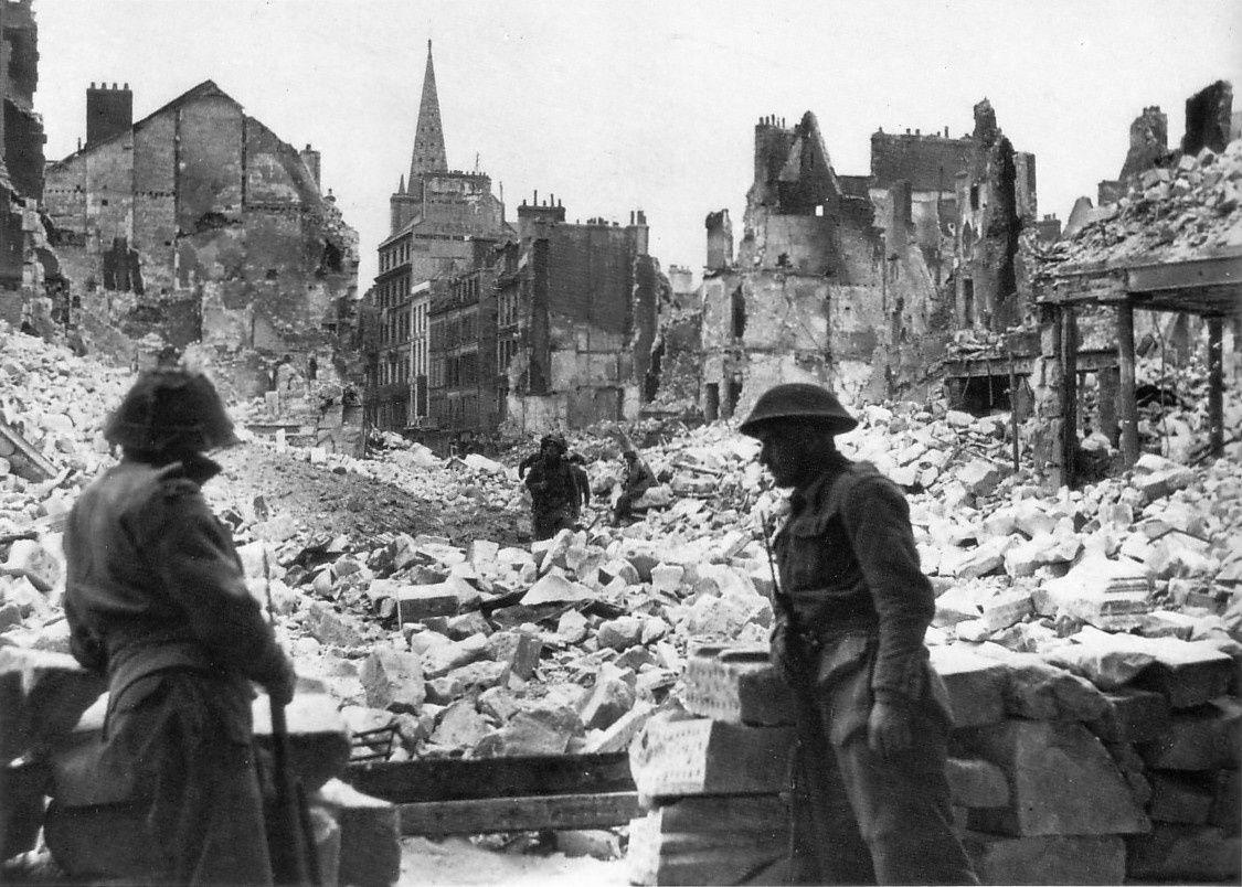 échauffourée a Caen en 1/35 Caen--Place-St-Pierre--poste-de-guet-du-1st-KOSB--09.07.194