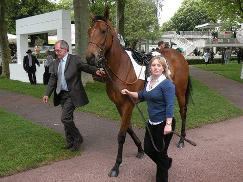 Arc 2010 + prix de Diane 2011.. 20110430C6-Epic-Love