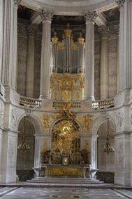 Les trésors de la BNF : l'orgue de la Chapelle royale -21-Choeur--autel--orgue