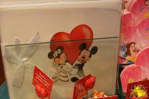 La Saint Valentin à Disneyland Paris - Page 2 504788blog