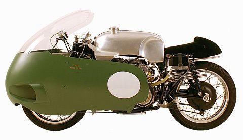 Les motos GUZZI ont 100 ans aujourd'hui 1955_Moto-Guzzi-V8