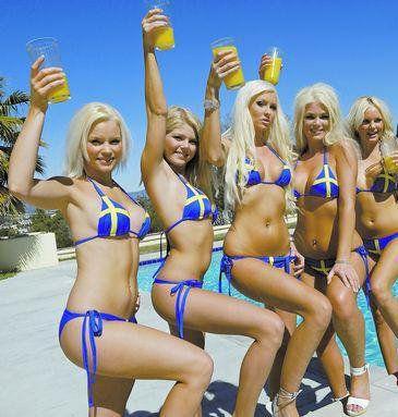 Les Races Humanoïdes existent sur toute les Planètes et Soleils !  (La Vie sur Vénus) Blondes
