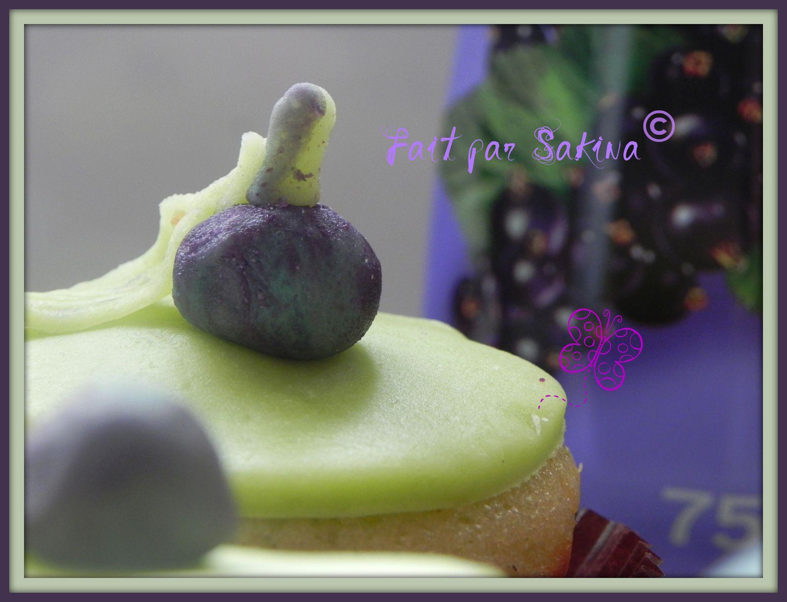 Cupcakes : recettes et décors simples - Page 3 Cupcakes-059-1