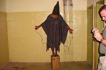 Irak : la guerre la plus « humaine » de l'histoire Abu_Ghraib_17a