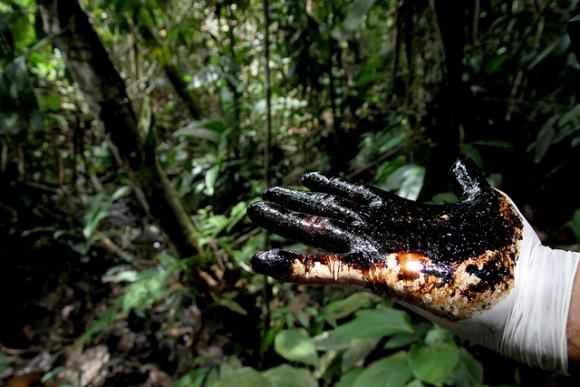L'Équateur traduit Chevron devant la CPI Chevron