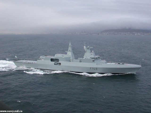 "3 فرقاطات الصينية ""Type A-054 JiangKai II"" للجزائر - صفحة 2 MEKO-A200-frigate-05-2012"