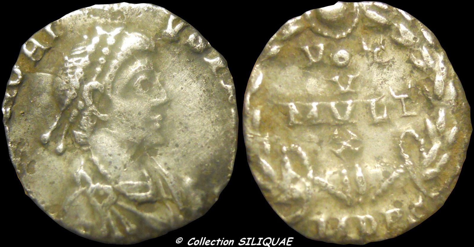 Collection Siliquae - Page 16 HONORIUS-RIC26jpg