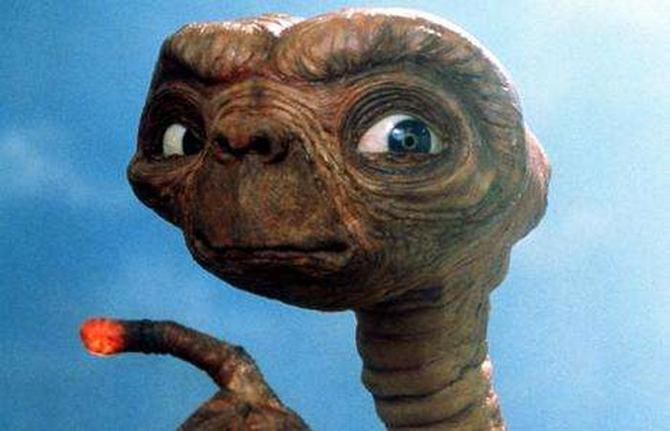 Najbolji filmski vanzemaljci ET