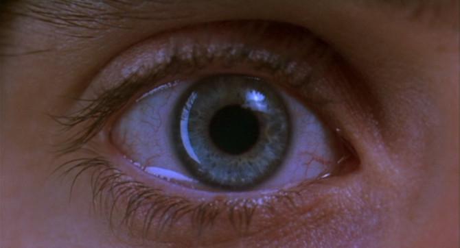 Ovako izgledaju oči na različitim drogama Zjenica-2-670x362