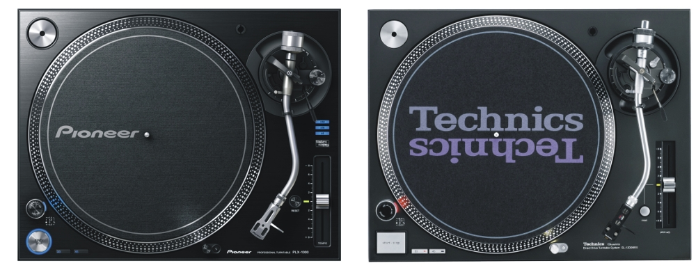 Tocadiscos - Página 3 Pioneer_PLX-1000_vs_Technics_SL1210