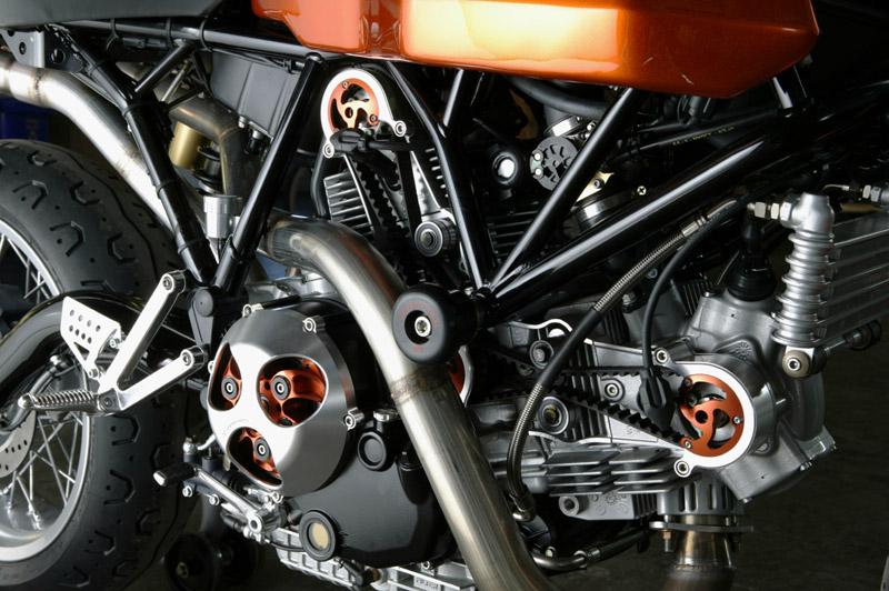 Cache courroies ouvert pour Monster 1100 EVO Speedy-moto-sport-classic-02