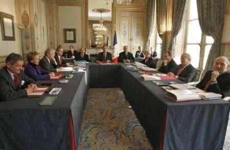 République bananière - les institutions Conseil-constitutionnel
