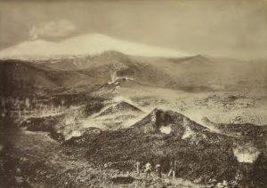 El Hijo del Krakatoa 1-Teatro-eruttivo-1883-300x212