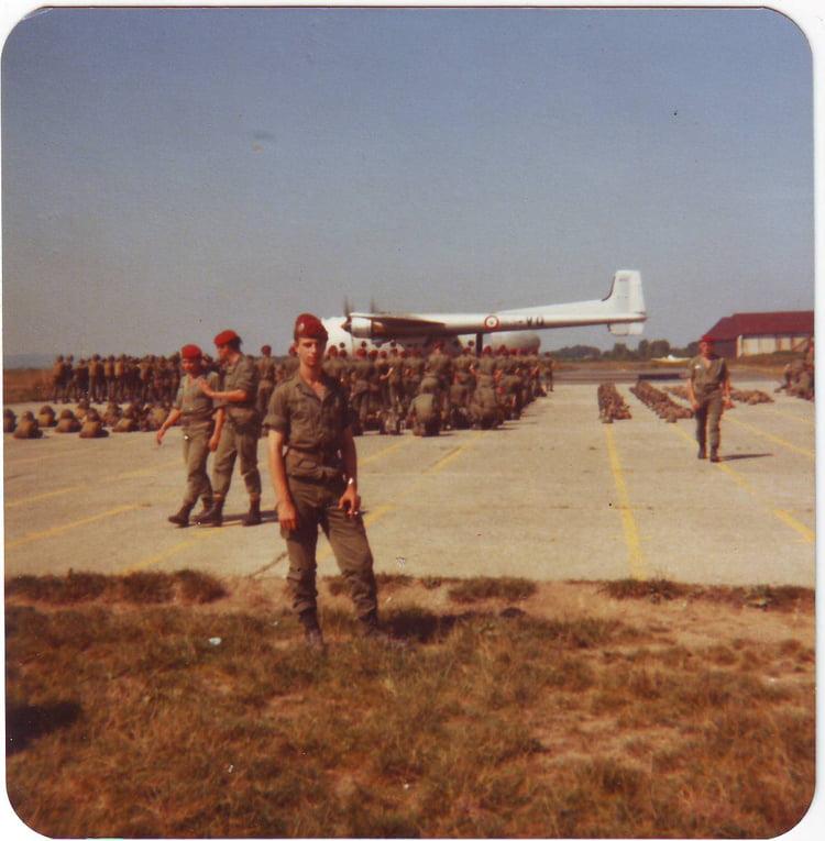 1978 - Avant d'embarquer sur un noratlas sept 1978 THIEUW Christian 1er RCP 1106843