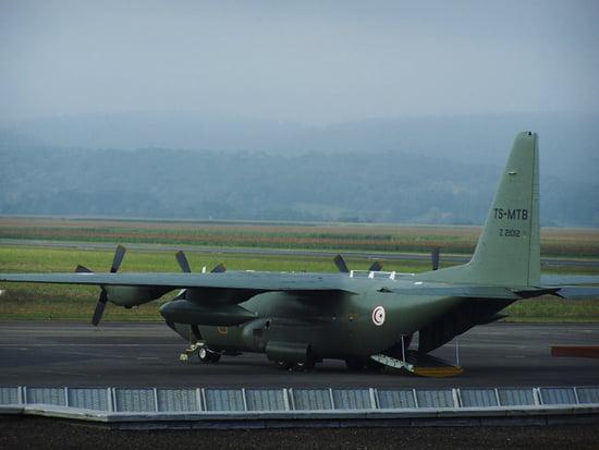 موسوعة الجيش التونسي  Avions-a-helices-lourdes-france-1004782607-1379916