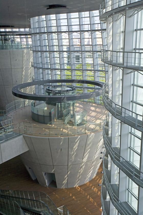 Najpoznatije svetske arhitekte - Page 2 KKAA-National-Art-Center-04