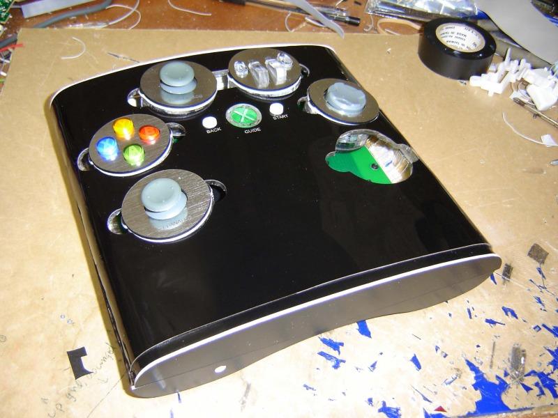 Un pad à une main PS2 / PS3 / Xbox360 Access_controller_3