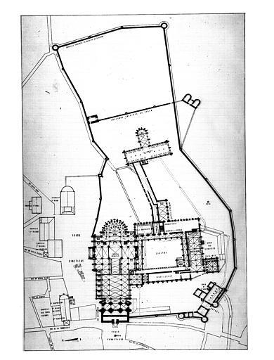 Les nouveaux bâtiments conventuels des XVII° et XVIII° siècles Ancienne-abbaye-saint-denis-actuellement-maison-education-legion-honneur