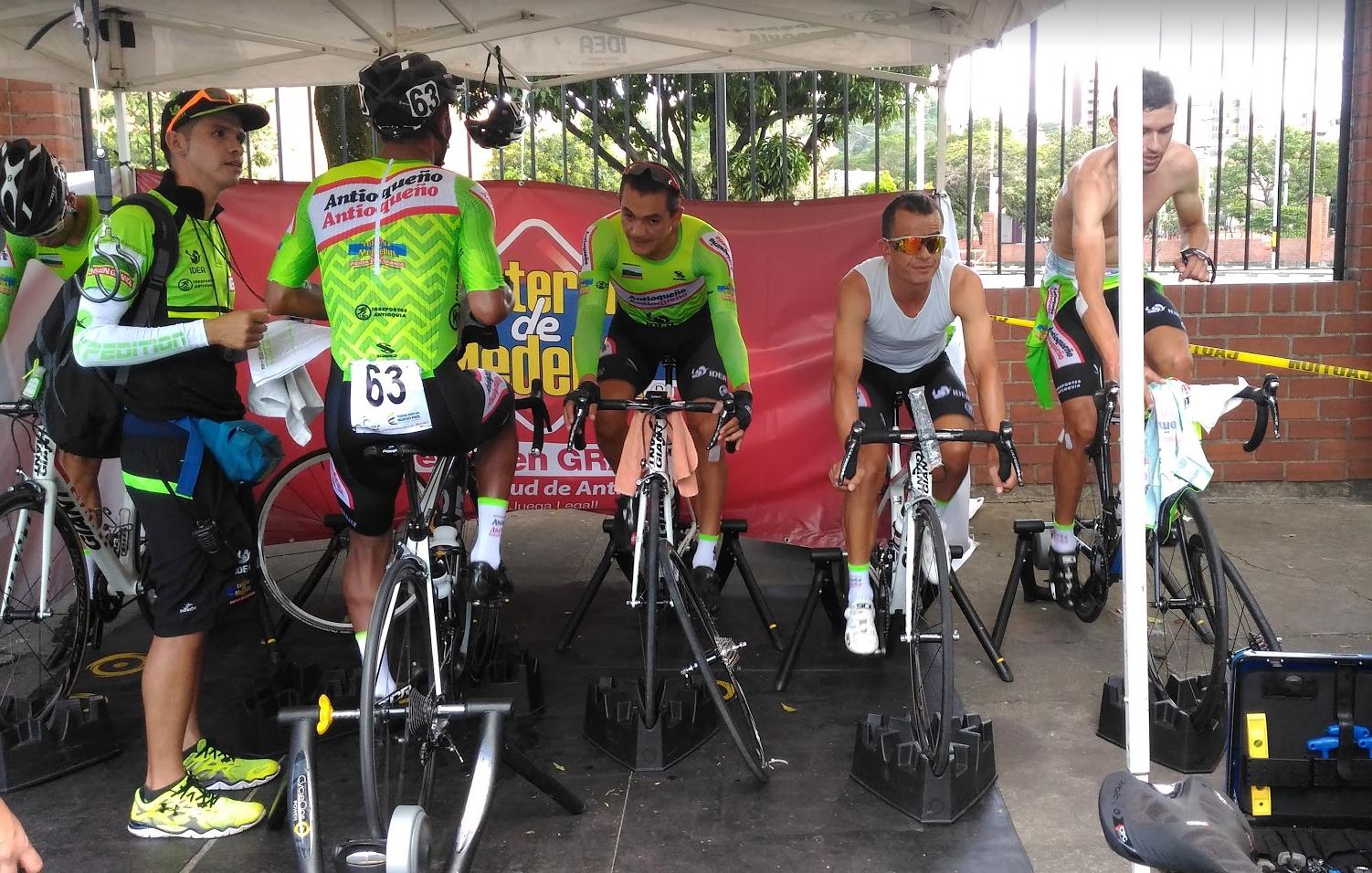 Vuelta a Colombia 2016 - Página 2 96abaf43aca449d4b5975d16bcce68e5