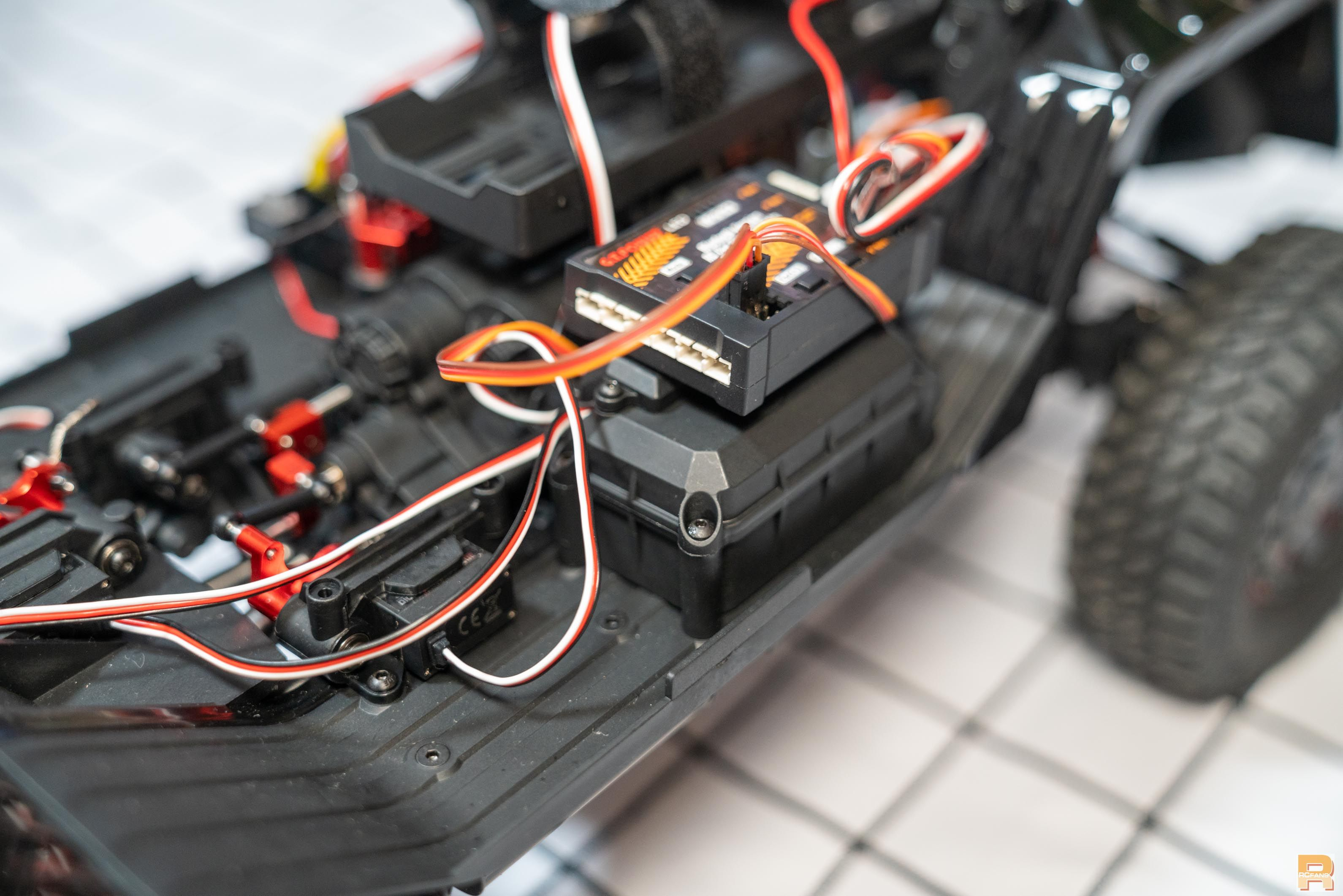 Traction Hobby B-G550 234354lphm1a16aydm97yt