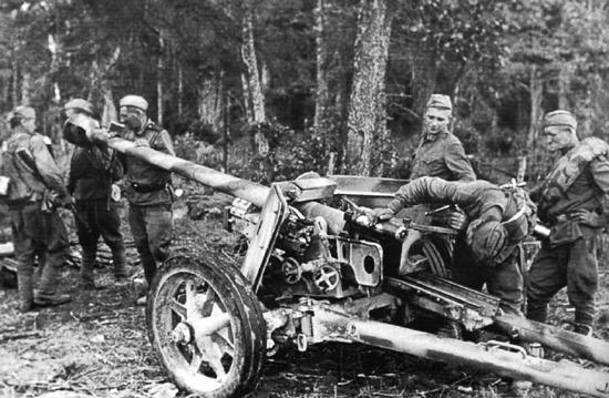 soldats soviétiques Imga3045422zikfzj