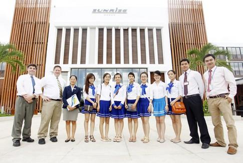 ĐH Duy Tân tuyển sinh Du học tại chỗ ngành Du lịch - Khách sạn lấy bằng ĐH Troy (Mỹ) Anh2-1_vqun
