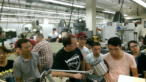 DTU tập huấn đào tạo ngành Tiên tiến Cơ điện tử, Điện-Điện tử tại Purdue, Mỹ 5_cwbc